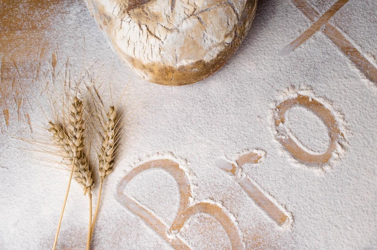 bread-1001362_1280-1200x795.jpg