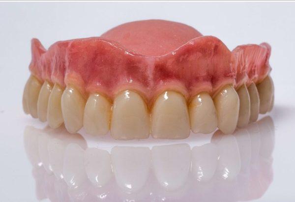 dentadura-postiza-3-e1525414091130.jpg